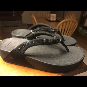 Like New Black Suede Sparkle Fitflops (7)